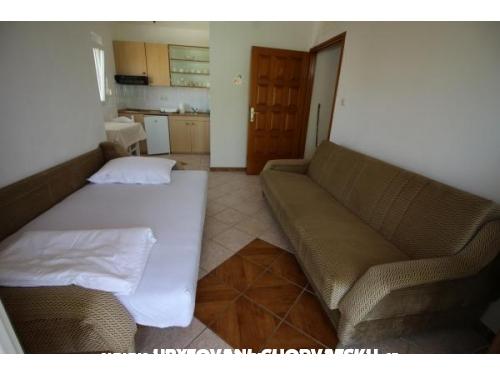 Apartmani Mato - ostrov Vir Hrvatska