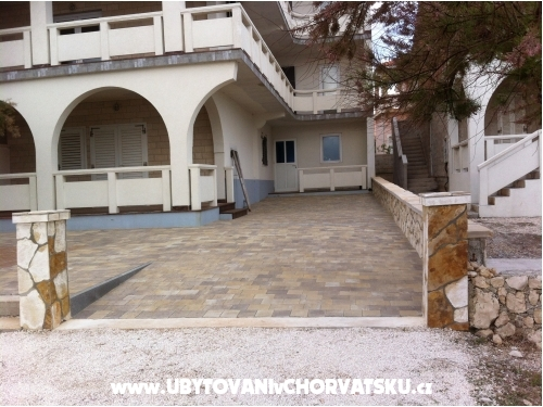 Apartments Mirko - ostrov Vir Croatia
