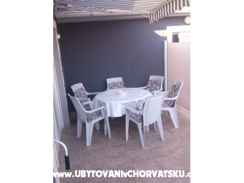 Appartements Nadja - ostrov Vir Croatie