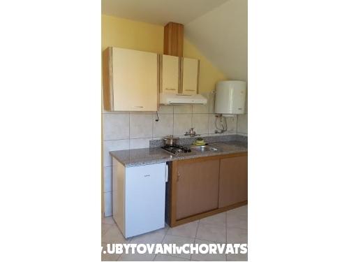 Appartements Nenadović - ostrov Vir Kroatien