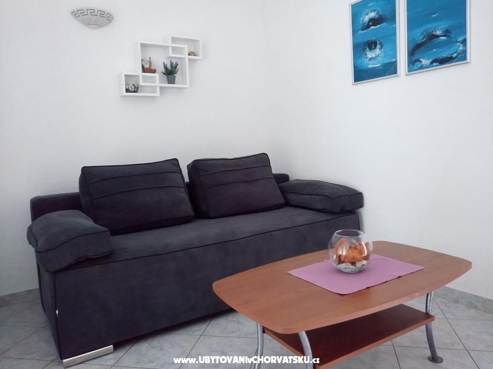 Apartments Pea�inovi� - ostrov Vir Croatia