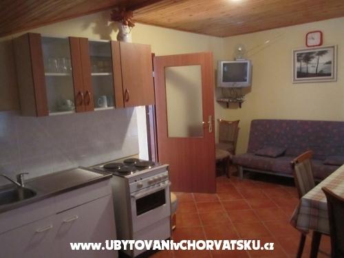 Apartmanok Pedic - ostrov Vir Horvátország