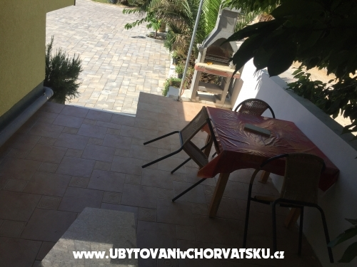 Appartements Šarić A&K - ostrov Vir Croatie