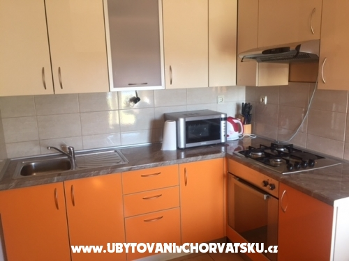 Apartments Šarić A&K - ostrov Vir Croatia