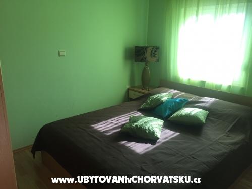 Apartmaji Šarić A&K - ostrov Vir Hrvaška