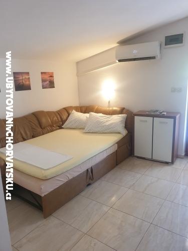 Apartamenty Štefanija - ostrov Vir Chorwacja
