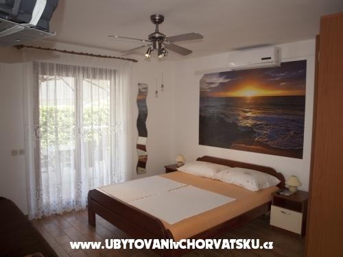 Appartements Štefanija - ostrov Vir Kroatien