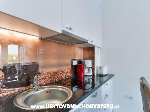 Apartmaji Velić - ostrov Vir Hrvaška