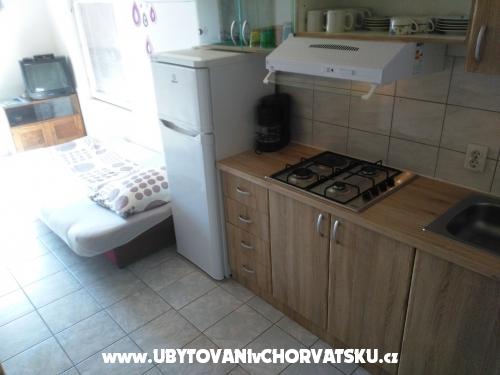 Apartmanok Vinko Stumberger - ostrov Vir Horvátország