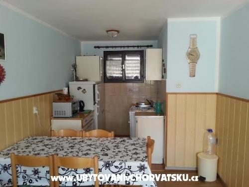Apartmanok Barica - ostrov Vir Horv�torsz�g