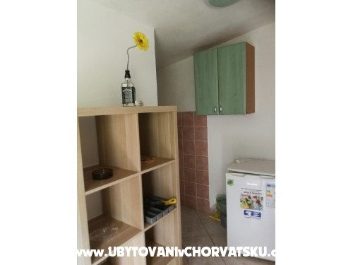 Apartamenty - ostrov Vir Chorwacja
