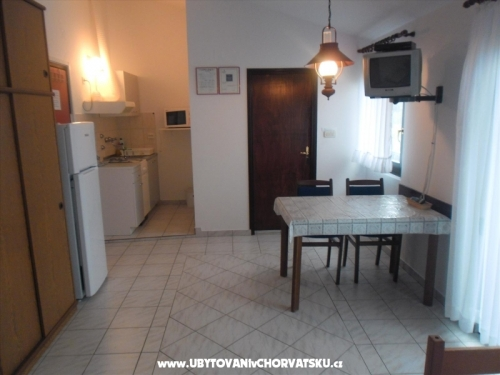 Apartments Kuduz - ostrov Vir Croatia