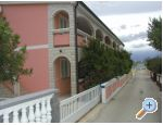 Apartments Ana - ostrov Vir Croatia