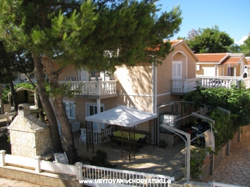 Apartments Emily - ostrov Vir Croatia