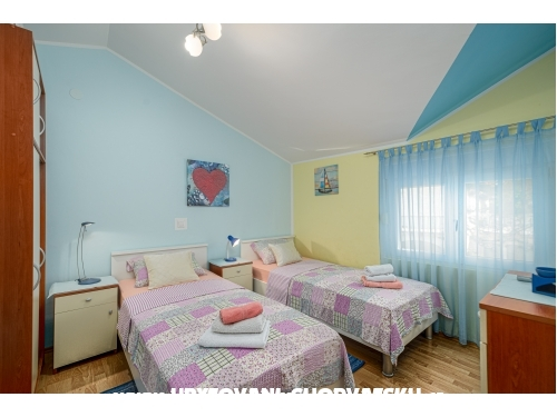 Apartment Lela - ostrov Vir Croatia