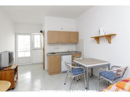 апартаментhaus Paul - ostrov Vir Хорватия