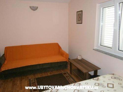 Apartmaji Kozic - ostrov Vir Hrvaška