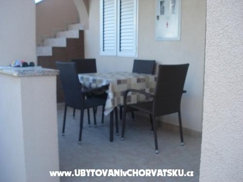 Apartmani Orešić - ostrov Vir Hrvatska