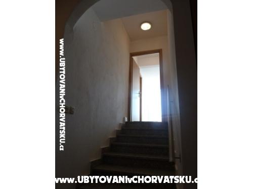 Apartmani Vidovic - ostrov Vir Hrvatska