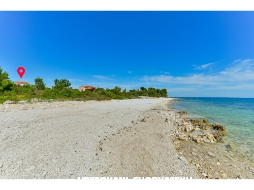 Crowonder Luxury Vir - ostrov Vir Chorvátsko