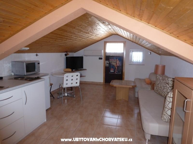Dom Paul - ostrov Vir Chorv�tsko