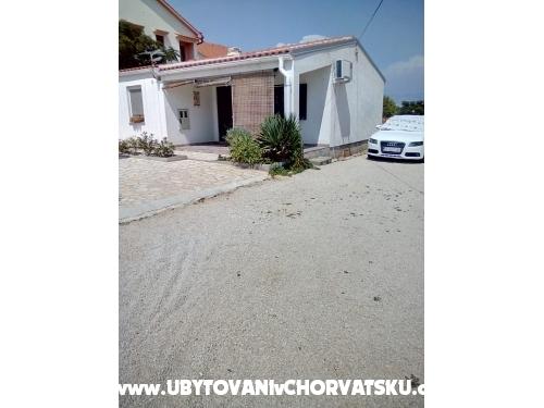 Jurisic - ostrov Vir Hrvatska