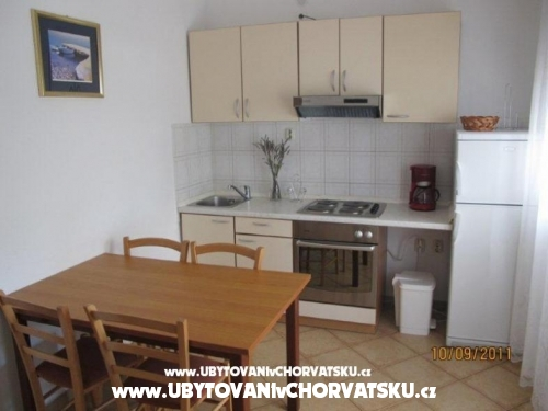 Appartements Liveric - ostrov Vir Croatie