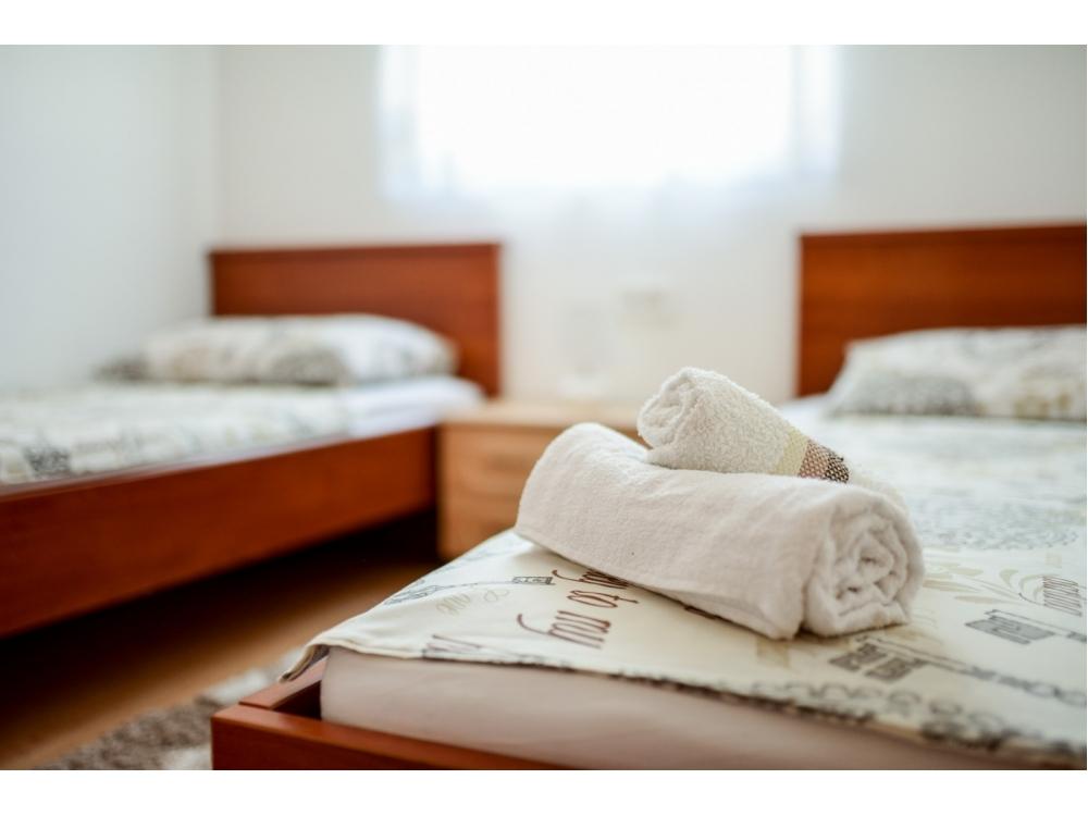 Apartmanok-MGM Vir - ostrov Vir Horv�torsz�g