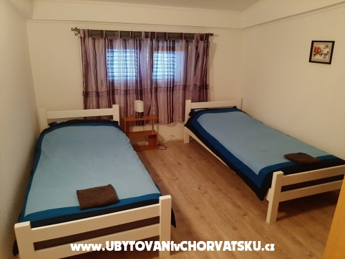 MILA Apartments - ostrov Vir Croatia