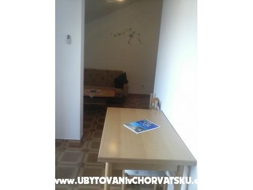 Apartments Nada - ostrov Vir Croatia