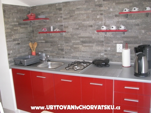 Pahert beach apartment - ostrov Vir Croatia