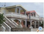 Pahert beach apartment Chorvatsko