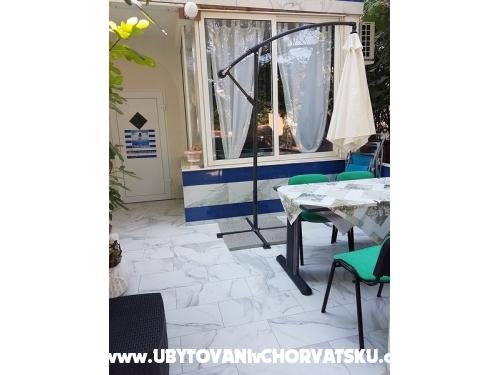 Sea Lounge  Apartmány - ostrov Vir Chorvátsko