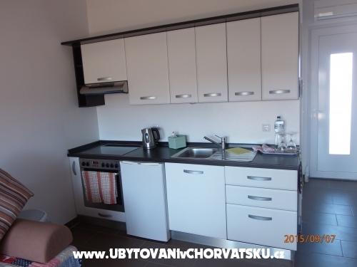 Villa Lucia - ostrov Vir Croazia