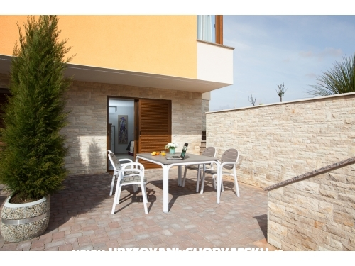villa Malibu One - ostrov Vir Hrvatska