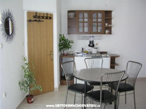 Villa Maria - apartmani Barisic - ostrov Vir Хорватия