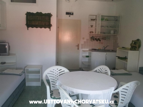 Villa Maria - apartmani Barisic - ostrov Vir Chorwacja