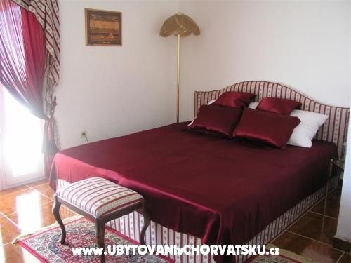 Villa Maria - apartmani Barisic - ostrov Vir Chorvatsko