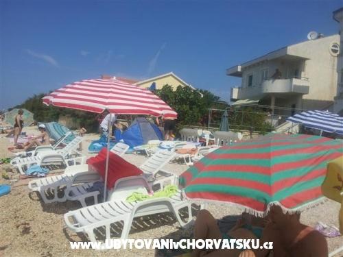 Villa Maria - apartmani Barisic - ostrov Vir Kroatien