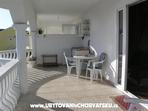Villa Maria - apartmani Barisic - ostrov Vir Chorvátsko