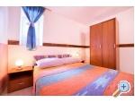 Apartment MIKA - Vodice Kroatien