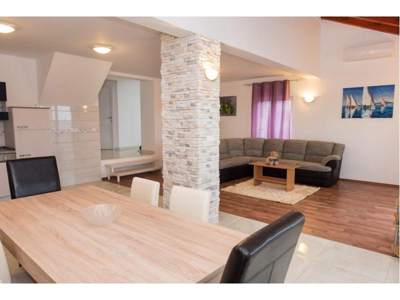 Apartments Bilu� - Vodice Croatia