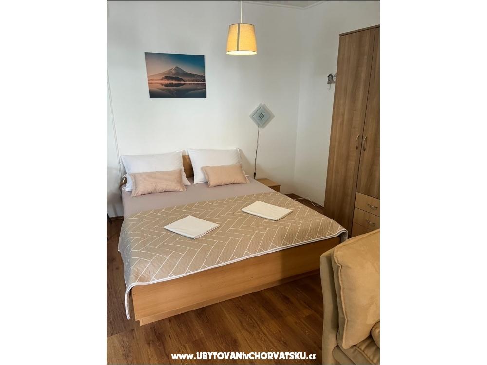 Apartmaji NIKA - Vodice Hrvaška