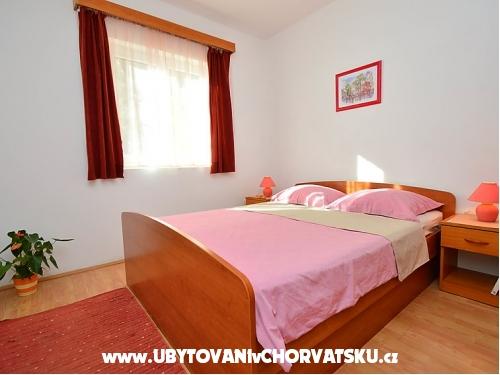 Apartmaji Bruno - Vodice Hrvaška
