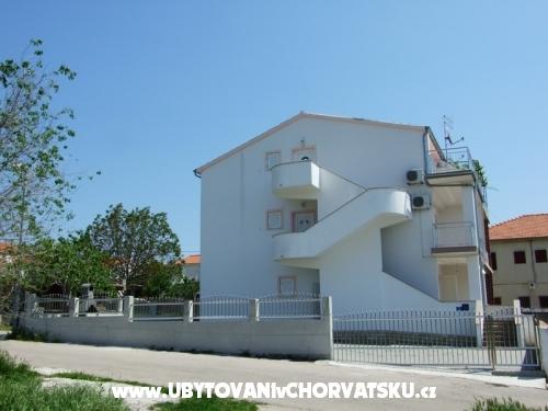 Apartmány Dananić - Vodice Chorvatsko