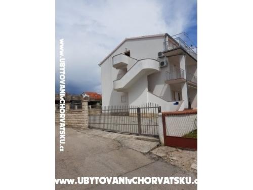 Apartamenty Dananić - Vodice Chorwacja