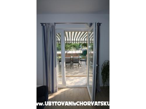 Apartmani Ergić Bozena - Vodice Hrvatska