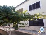 Apartments Iva Vodice