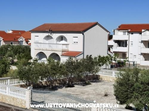 Apartmány Ivanović - Vodice Chorvátsko
