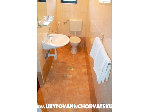 Apartmani Juricev 100m to the beach - Vodice Hrvatska